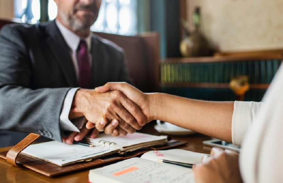 5 Reasons to hire a Civil Litigation Lawyer