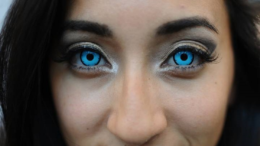 Become a Horrifying being on Halloween with Halloween contact Lenses