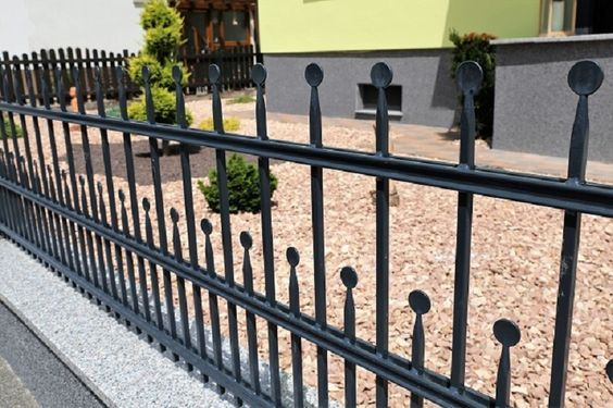 Essential Benefits of Security Fencing: Protect Your Business